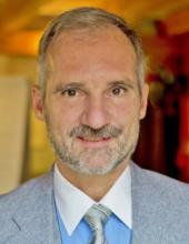 Reinhard Schroth