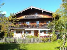 Gästehaus zum Thoma   H. u. M. Kandlinger
