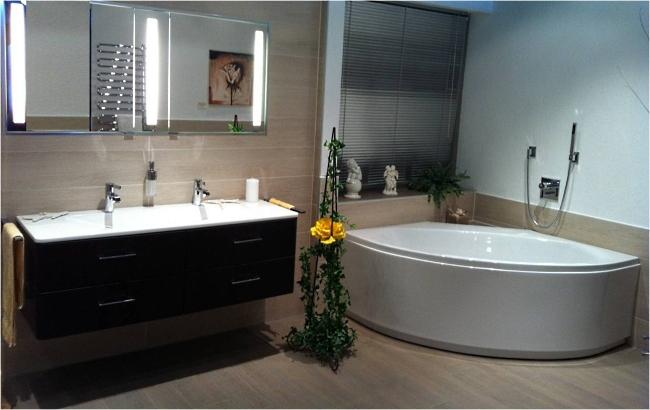 bad ingolstadt finest ingolstadt der platz vor dem hotel. Black Bedroom Furniture Sets. Home Design Ideas