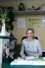 Maß- und Änderungs-Schneiderei  A. Taesler