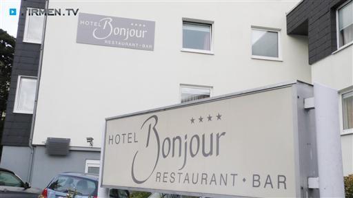 Filmreportage zu Hotel Bonjour