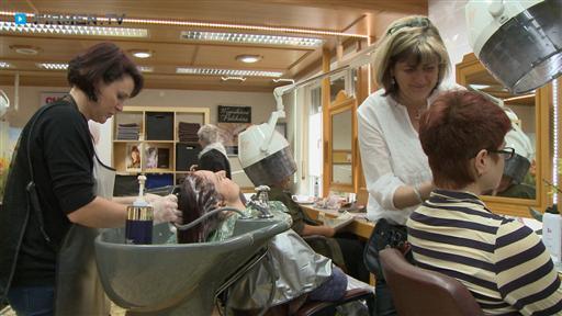 Filmreportage zu Friseur Brigitte Gloggner