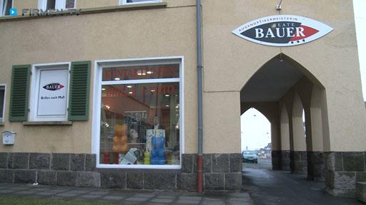 Filmreportage zu Augenoptikermeisterin Beate Bauer