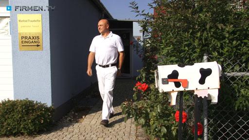 Filmreportage zu Fraunhoffer Manfred Prakt. Tierarzt